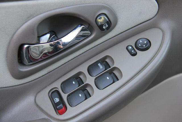 2004 Chevrolet Malibu Maxx LS Santa Clarita, CA 21
