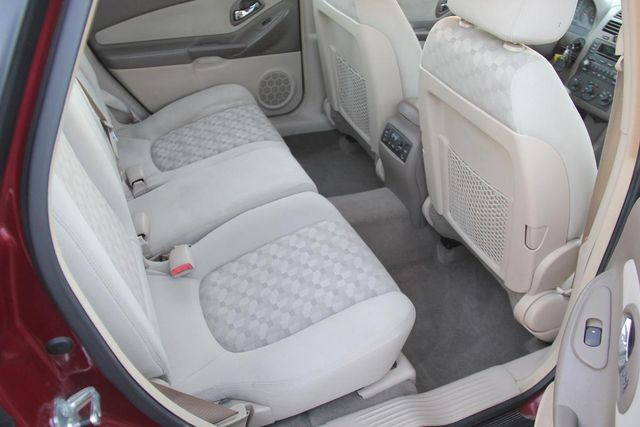 2004 Chevrolet Malibu Maxx LS Santa Clarita, CA 16
