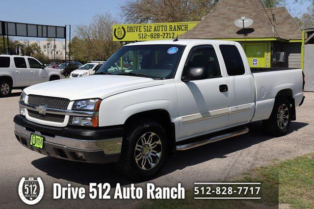 2004 Chevrolet Silverado 1500 Leather Seats NICE Truck in Austin, TX 78745