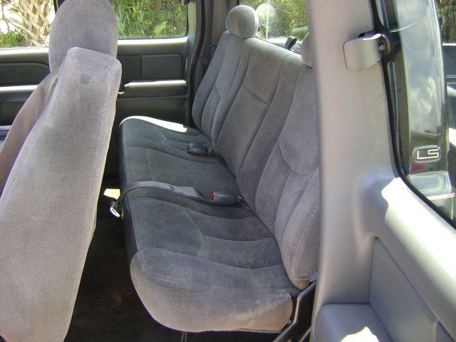 2004 Chevrolet SILVERADO EXT CAB in Fort Pierce, FL 34982