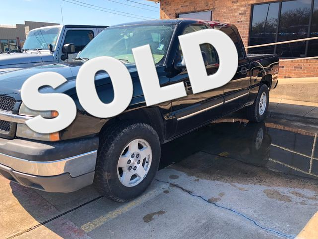 2004 Chevrolet Silverado 1500 LS | Greenville, TX | Barrow Motors in Greenville TX