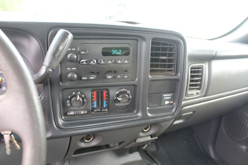 2004 Chevrolet Silverado 1500 Work Truck  city MD  South County Public Auto Auction  in Harwood, MD