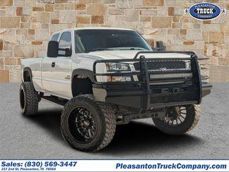 2004 Chevrolet Silverado 2500HD LS in Pleasanton, TX 78064