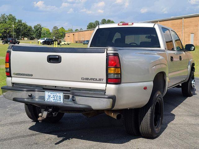 2004 Chevrolet Silverado 3500 DRW in Hope Mills, NC 28348