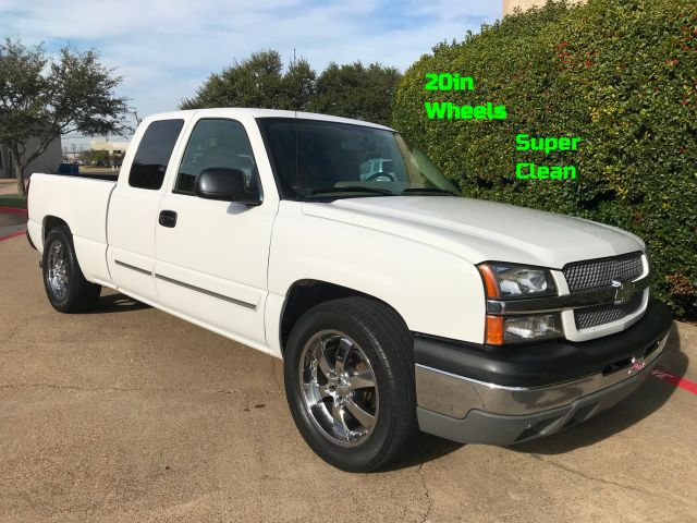 2004 Chevrolet Silverado 1500 LT w/20in. Wheels