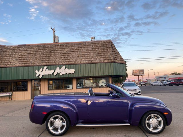 2004 Chevrolet SSR ONLY 17,000 Miles in Dickinson, ND 58601