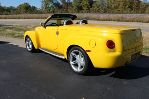 2004 Chevrolet SSR LS Convertible | Granite City, Illinois | MasterCars Company Inc. in Granite City, Illinois