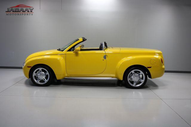 2004 Chevrolet SSR LS Merrillville, Indiana 32