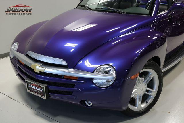 2004 Chevrolet SSR LS Merrillville, Indiana 26