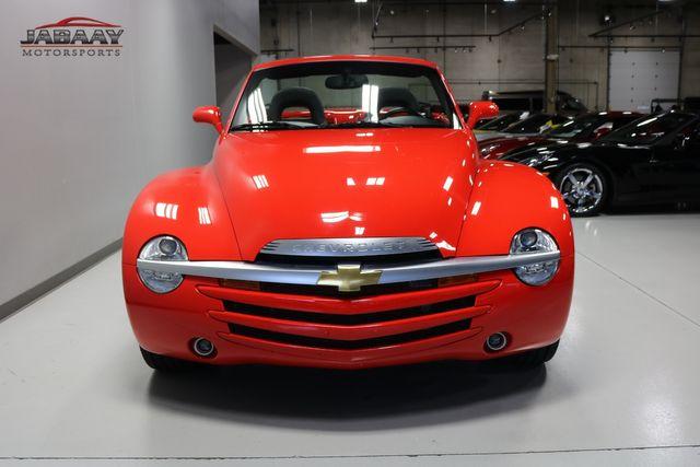 2004 Chevrolet SSR LS Merrillville, Indiana 7