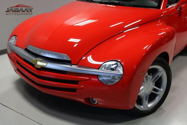 2004 Chevrolet SSR LS Merrillville, Indiana 27