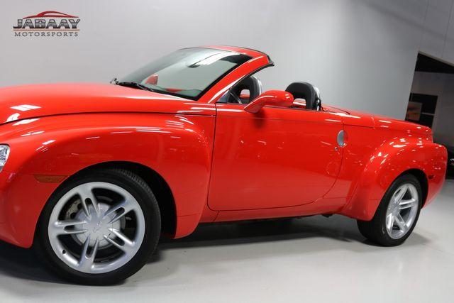 2004 Chevrolet SSR LS Merrillville, Indiana 28