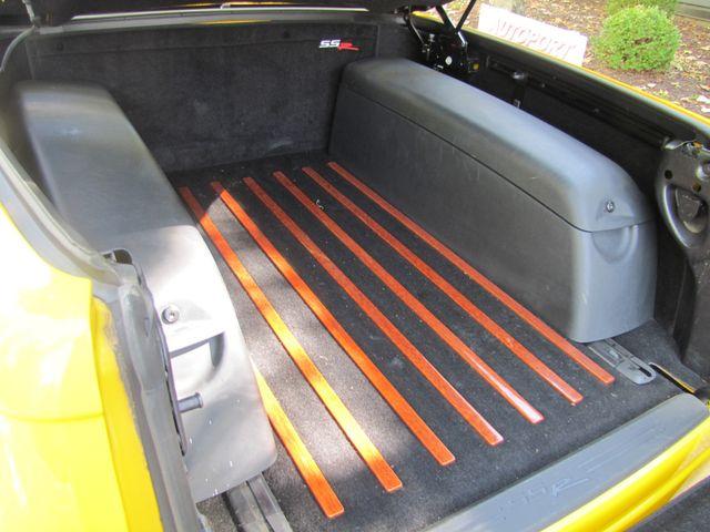 2004 Chevrolet SSR LS St. Louis, Missouri 10