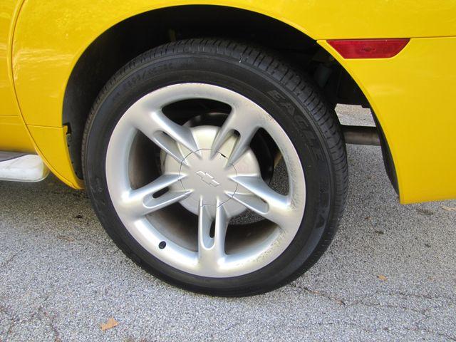 2004 Chevrolet SSR LS St. Louis, Missouri 11