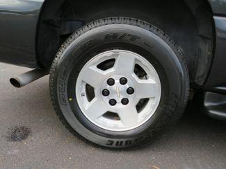 2004 Chevrolet Suburban LT Batesville, Mississippi 14