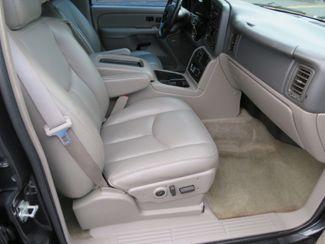 2004 Chevrolet Suburban LT Batesville, Mississippi 35