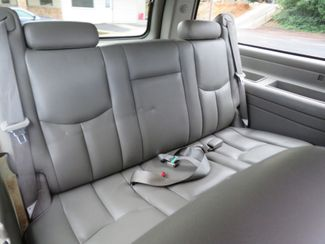 2004 Chevrolet Suburban LT Batesville, Mississippi 33