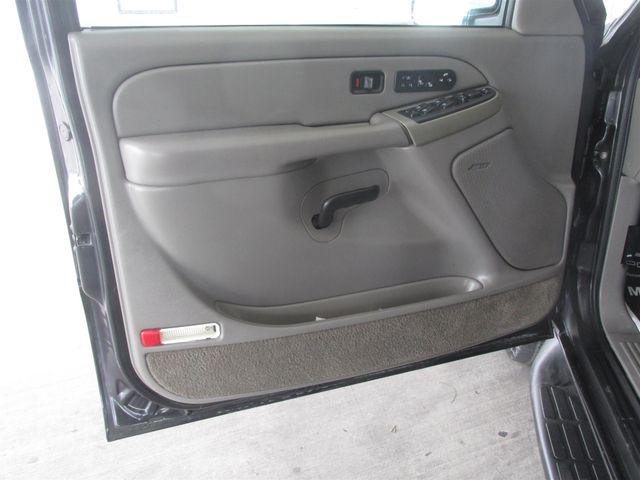 2004 Chevrolet Suburban LT Gardena, California 8
