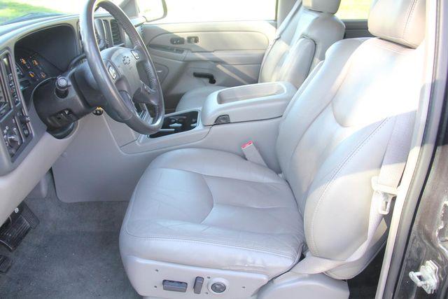 2004 Chevrolet Suburban LT Santa Clarita, CA 13