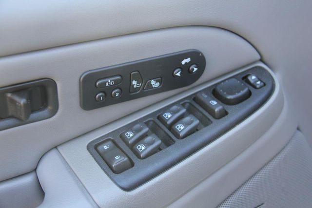 2004 Chevrolet Suburban LT Santa Clarita, CA 23