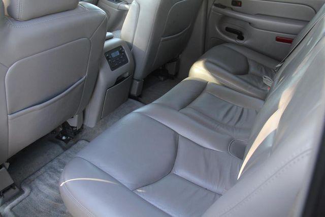 2004 Chevrolet Suburban LT Santa Clarita, CA 15