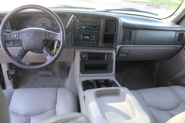 2004 Chevrolet Suburban LT Santa Clarita, CA 7