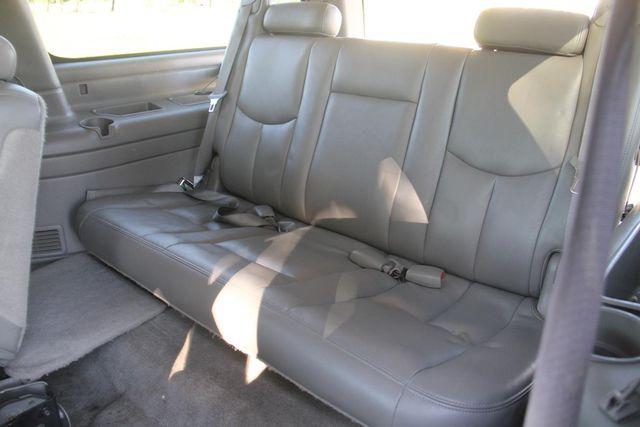 2004 Chevrolet Suburban LT Santa Clarita, CA 17