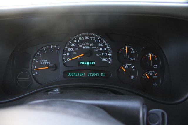 2004 Chevrolet Suburban LT Santa Clarita, CA 19