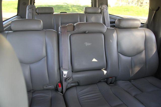 2004 Chevrolet Suburban LT Santa Clarita, CA 18