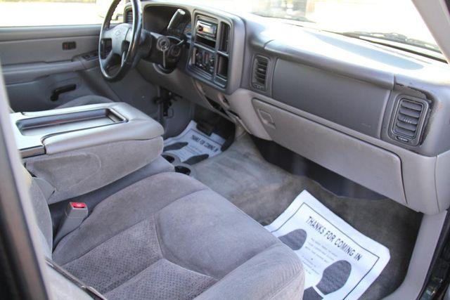 2004 Chevrolet Suburban LS Santa Clarita, CA 9