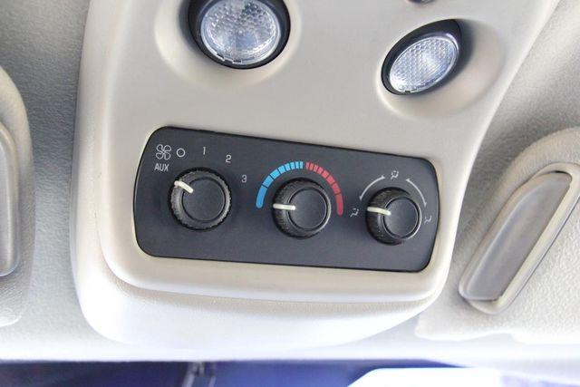 2004 Chevrolet Suburban LS Santa Clarita, CA 26