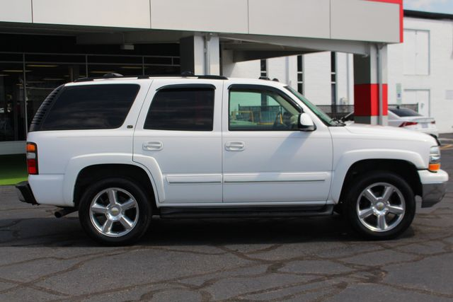 2004 Chevrolet Tahoe LT 4X4 - REAR DVD - SUNROOF - HEATED LEATHER! Mooresville , NC 15