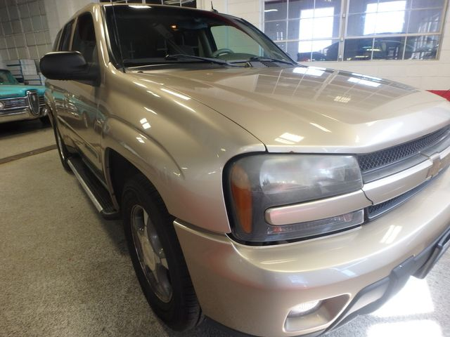 2004 Chevrolet Trailblazer Lt TRUSTED RELIABILITY, SERVICED, ROADTRIP READY Saint Louis Park, MN 20