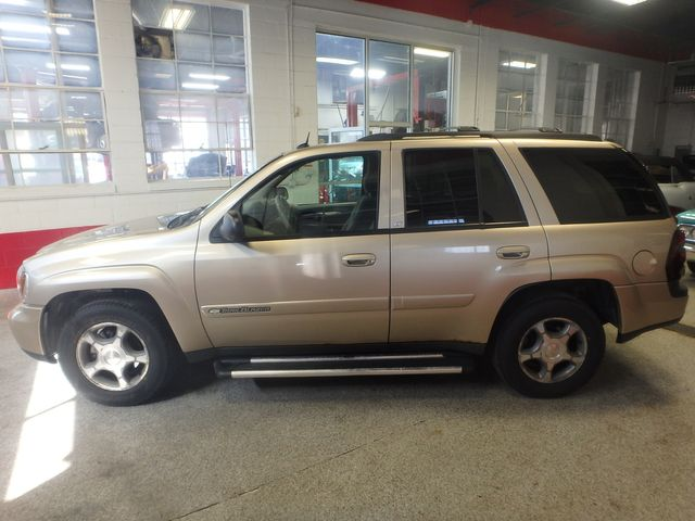 2004 Chevrolet Trailblazer Lt TRUSTED RELIABILITY, SERVICED, ROADTRIP READY Saint Louis Park, MN 10