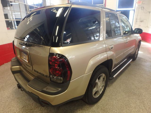 2004 Chevrolet Trailblazer Lt TRUSTED RELIABILITY, SERVICED, ROADTRIP READY Saint Louis Park, MN 13