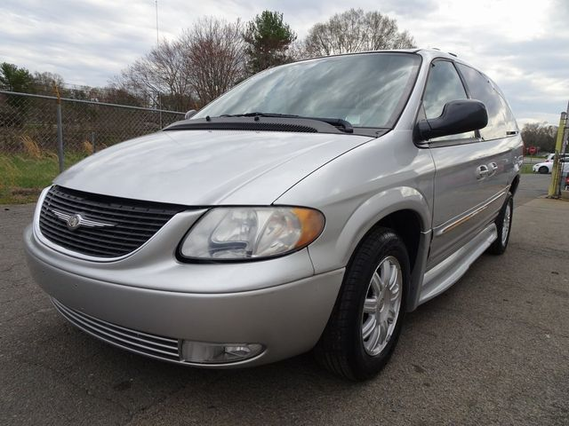 2004 Chrysler Town & Country Touring Madison, NC 5