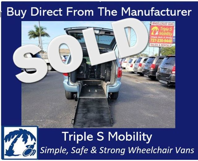 2004 Chrysler Town & Country Touring Wheelchair Van Handicap Ramp Van DEPOSIT