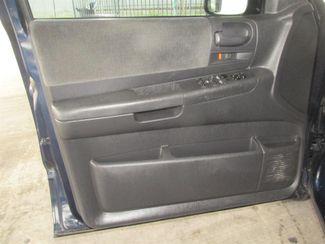 2004 Dodge Dakota SLT Gardena, California 8
