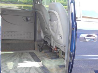 2004 Dodge Grand Caravan Sxt Wheelchair Van Handicap Ramp Van Pinellas Park, Florida 8