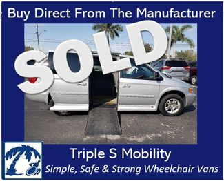 2004 Dodge Grand Caravan Sxt Wheelchair Van Handicap Ramp Van in Pinellas Park, Florida 33781