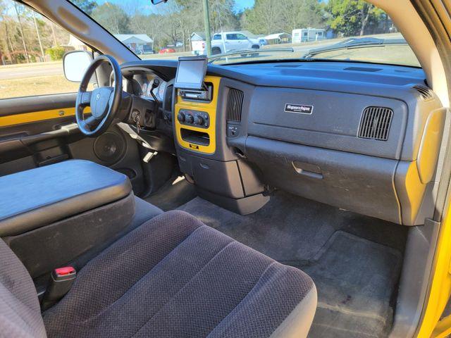 2004 Dodge Ram 1500 SLT Rumble Bee in Hope Mills, NC 28348