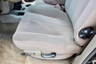 2004 Dodge Ram 3500 DRW SLT Quad Cab 2WD 5.9L Cummins Diesel 6 Speed Manual Sealy, Texas 32
