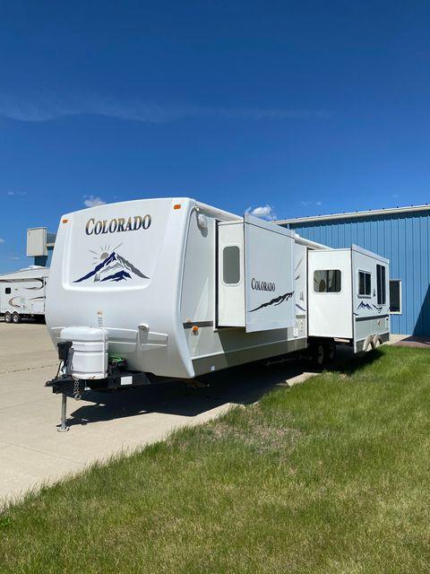 2004 Dutchmen Colorado 30RL in Mandan, North Dakota 58554
