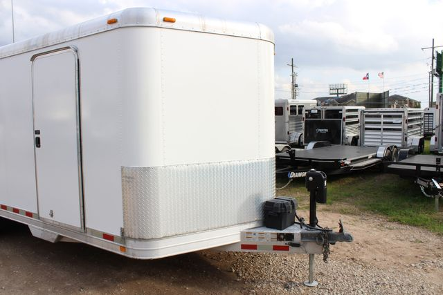 2004 Featherlite 4926 - 20 ENCLOSED CAR HAULER CONROE, TX 2