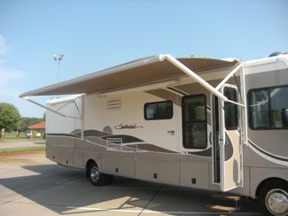 2004 Fleetwood SOUTHWIND 37C Chesterfield, Missouri 8