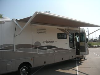 2004 Fleetwood SOUTHWIND 37C Chesterfield, Missouri 9