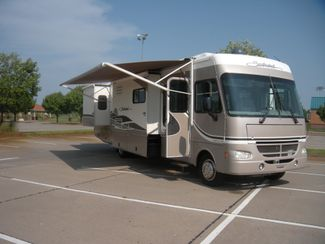 2004 Fleetwood SOUTHWIND 37C Chesterfield, Missouri 6
