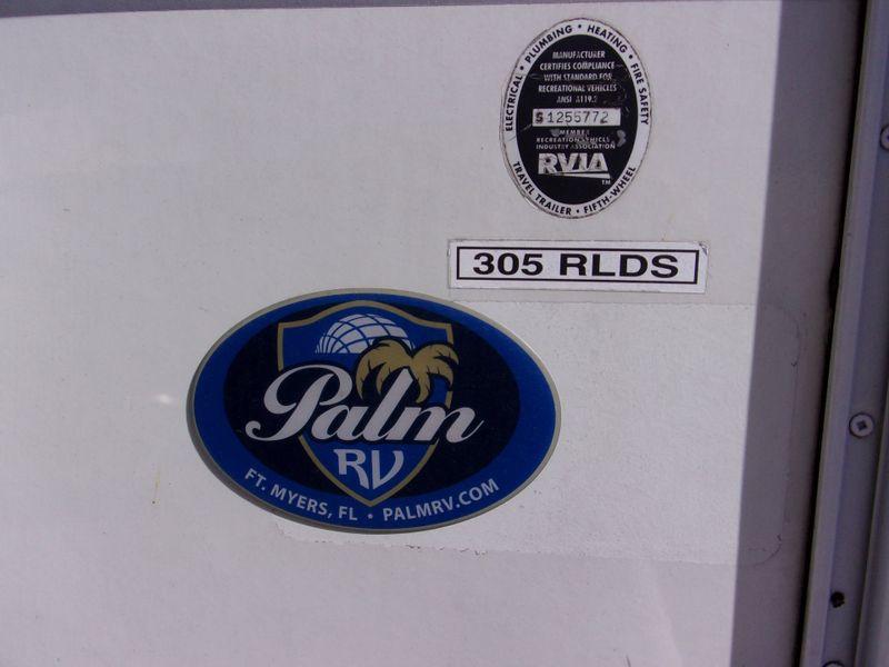 2004 Fleetwood Terry Quantum 31RL S slides  city FL  Manatee RV  in Palmetto, FL