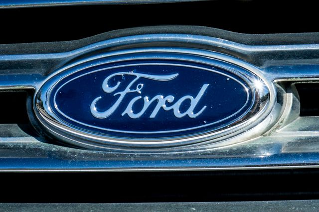 2004 Ford Crown Victoria LX Sport Reseda, CA 45