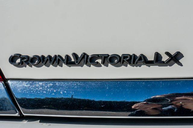 2004 Ford Crown Victoria LX Sport Reseda, CA 44